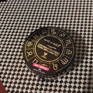 LIMITED EDTION WET N WILD LOOSE HIGHLIGHTER